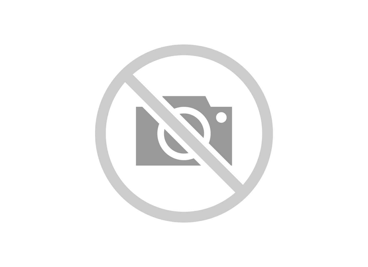 //www.autoline.com.br/carro/fiat/uno-10-attractive-6v-flex-4p-manual/2017/salvador-ba/6612911